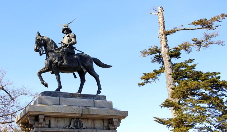 東北仙台城跡伊達政宗騎馬像