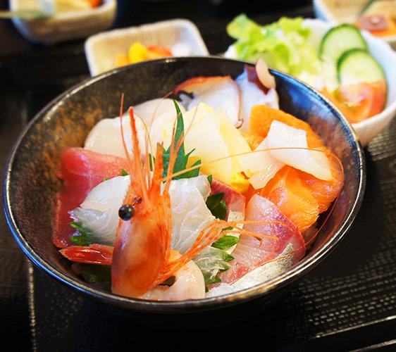 宮城魚屋Hide的海鮮丼