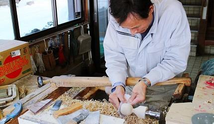 鳴子溫泉參觀職人製作鳴子木偶