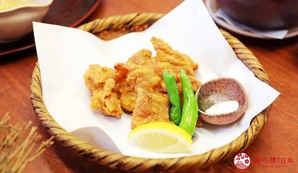 青森居酒屋推荐「酒肴旬 三石」的必点特色料理樱姬鸡炸鸡肉(桜姫鶏竜田扬げ)