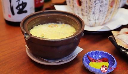 青森居酒屋推荐「酒肴旬 三石」的必点特色料理海胆帆立贝杂炊(いちご雑炊)