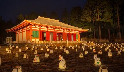 日本东北的磐梯町慧日寺迹在晚上的风貌