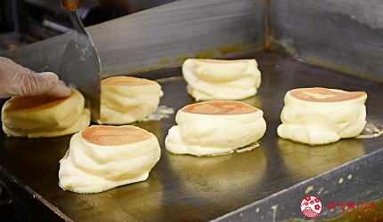 東北福島必吃美食5選爆餡圓盤餃子超多汁、奶油厚片吐司奶香爆發最推薦推介的CANDY-DO超蓬鬆的鬆餅料理過程